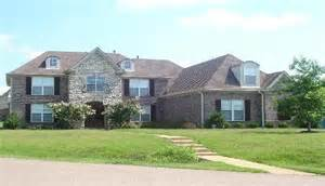 7526 valley hill cove tn 38125 foreclosed home