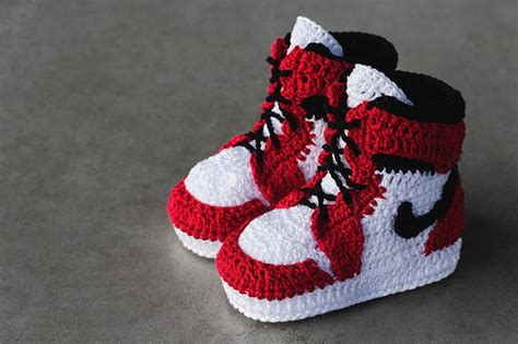 free crochet pattern for vans slippers crocheted baby sneakers picasso babe crocheted sneakers