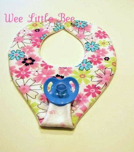 free pattern pacifier bib you have to see binky bib tutorial on craftsy