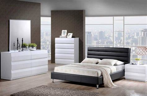 Bedroom Furniture Black And White Black And White Bedrooms A Symbol Of Comfort That Is