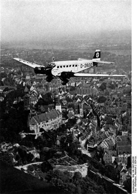 [Photo] Hitler's personal aircraft D-2600 in flight over