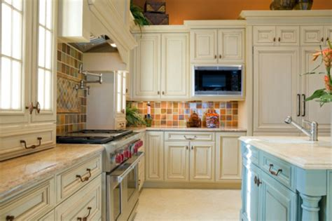 Painting Wood Kitchen Cabinets White Painting Wood Cabinets White