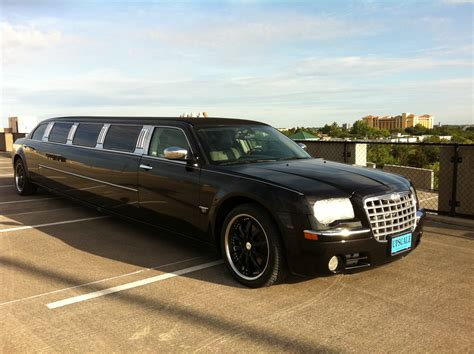 Limo Ride by Orlando Limo Service Chrysler 300 Stretch Orlando Limo Ride
