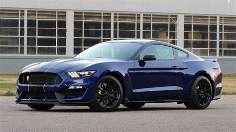 drive a mustang drive 2016 ford shelby gt350 mustang