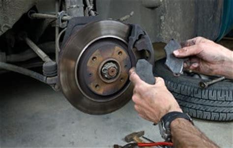 bremsscheiben wann wechseln bremsbel 228 ge wechseln 187 infos preisvergleich werkst 228 tten