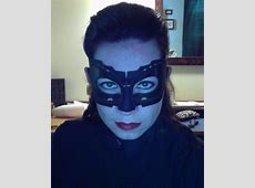 anne hathaway catwoman mask template