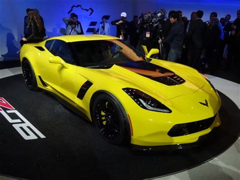 2015 corvette stingray price 2015 chevrolet corvette stingray z06 debuts in detroit