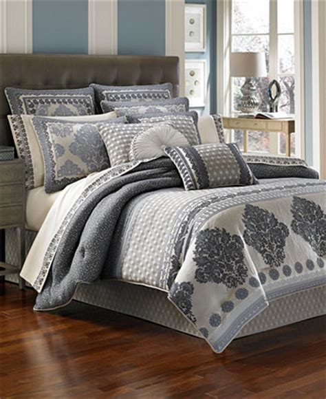 closeout j queen new york camelot comforter sets