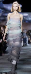 nice Kardashian Pillows #3: article-2559105-1B7A4ACA00000578-411_310x721.jpg