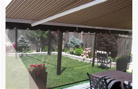 awning with retractable front valance rolltec