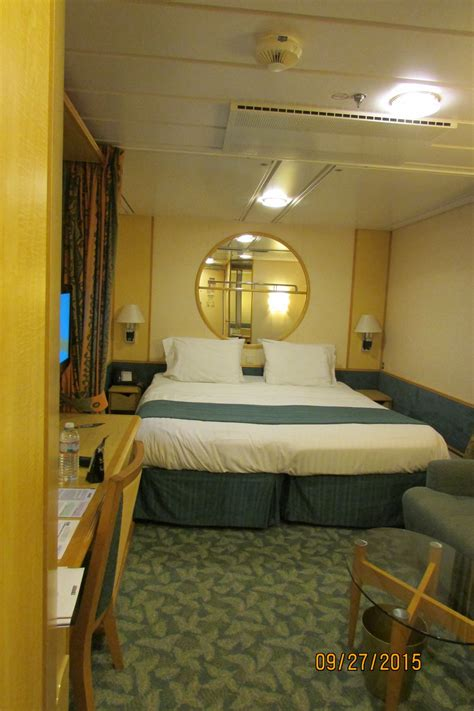 Cabins On Independence Of The Seas Cruise Ship by Cabin On Royal Caribbean Independence Of The Seas Ship