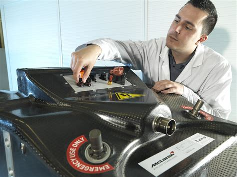 design  motorsport battery   steps racecar