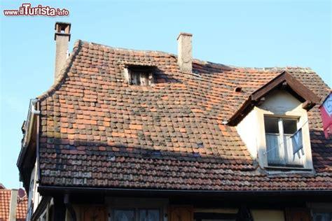 tetto casa tetto di una casa a gradiccio 169 foto ribeauville