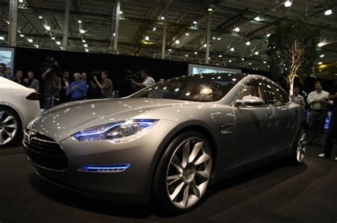 Tesla Sports Car Cost Tesla Raises Shocking Amount In Nasdaq Debut