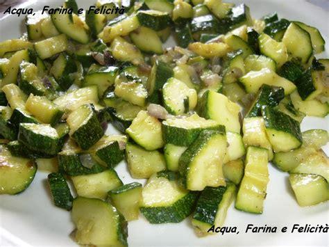 cucinare le zucchine in padella zucchine in padella acqua farina e felicit 224