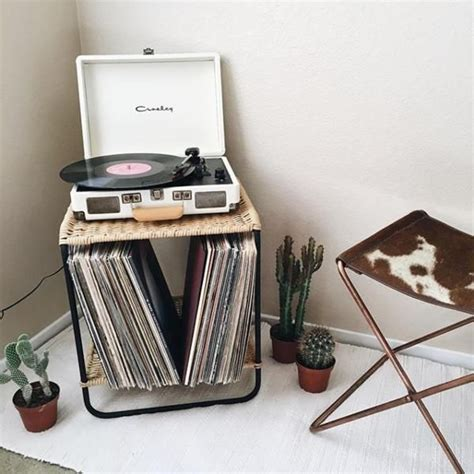 bedroom cd player 17 best ideas about record decor on pinterest record