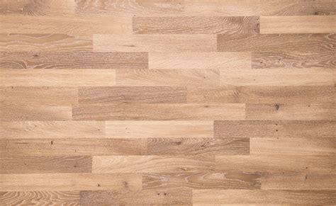 Oak Flooring Vs White Oak by Vs White Oak What S The Difference Floormania