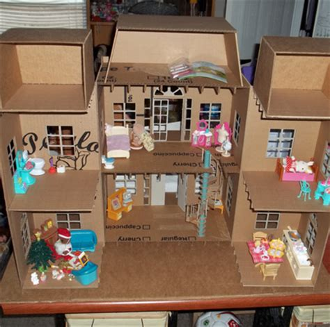 Papercraft Dollhouse - doll house made entirely of cardboard part 1 paper