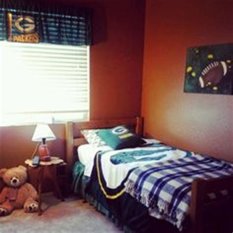 green bay packers bedroom ideas 1000 images about football bedroom ideas on pinterest