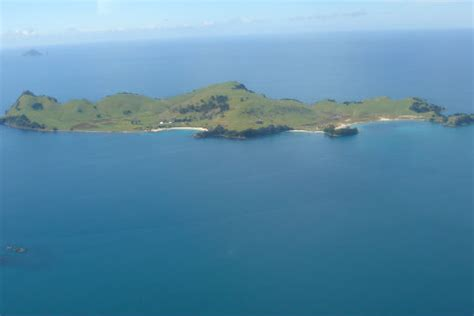 slipper island for sale sunlive slipper island s 7 3m sale underway the bay s