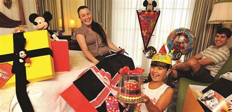in room celebrations disneyland create a big birthday celebration with 14 days of 171 disney parks