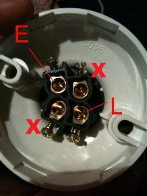 light socket wiring please help doityourself com