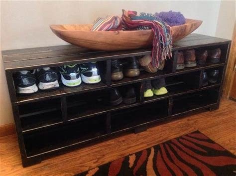 pallet shoe storage diy pallet shoe rack shoe storage 101 pallets