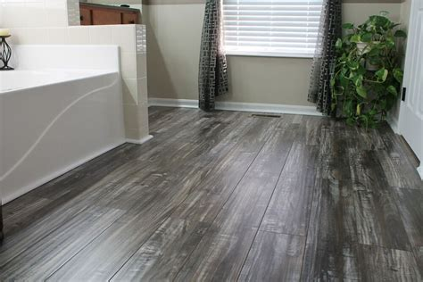 Distressed Rustic Wood Flooring - distressed laminate wood flooring