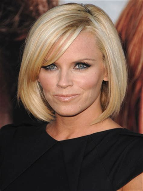current pictures of jenny mccarthys hair jenny mccarthy straight hairstyle