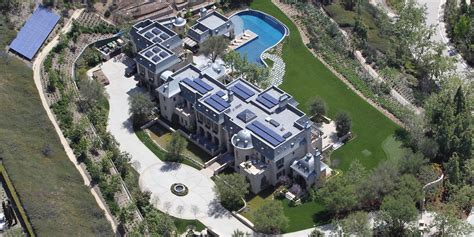 gisele bundchen and tom brady selling their los angeles