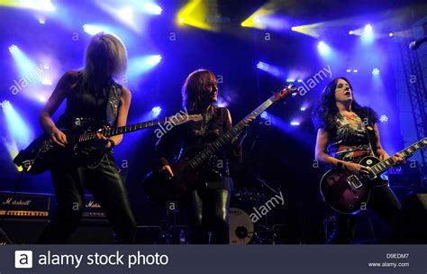 best heavy metal guitarists heavy metal guitarists