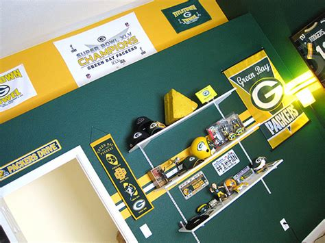 green bay packers bedroom green bay packer bedroom 007 flickr photo sharing