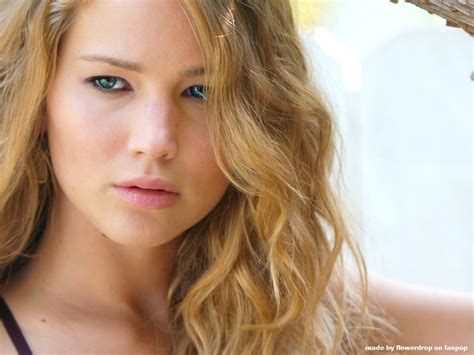 biography jennifer lawrence jennifer lawrence biography and pictures gallery 2013