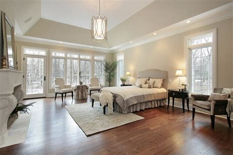 20 luxury master bedrooms with hardwood floors of