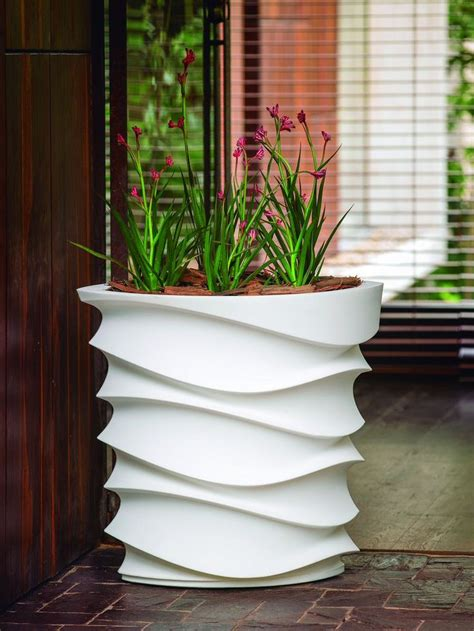 Lobby Planters by Wave Hello Or Wave Goodbye These Are Great Planters For