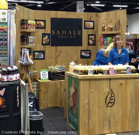 woodworking events saunzee signs exhibits booths