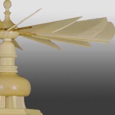 gedrechselte säulen pyramide waldmotiv gedrechselte figuren 3 st 246 ckig