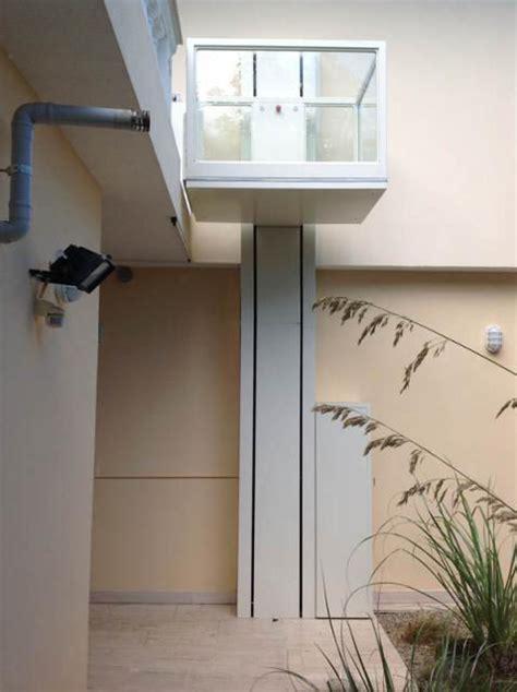 pedana montacarichi piattaforme elevatrici mini ascensori per disabili
