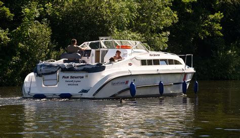 boats norfolk broads boat hire on the norfolk broads norfolk broads direct