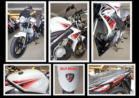 Limited Edition A 001 Kemben fz150i putih 001 motomalaya