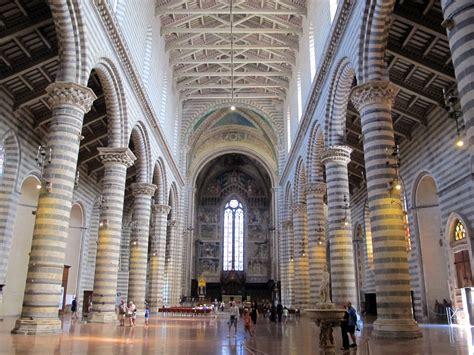 file duomo di orvieto interno 01 jpg wikimedia commons