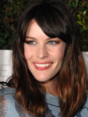 haircuts garden home 100 celebrity bangs you need to see gardens home and