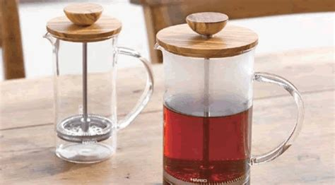Hario Press Olive Wood Small Thw 2 Ov 250ml hario thw 2 ov olive wood lid tea press avenue 18