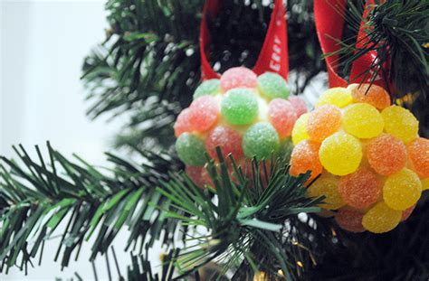 edible tree decorations edible decorations a tree you can eat goodtoknow