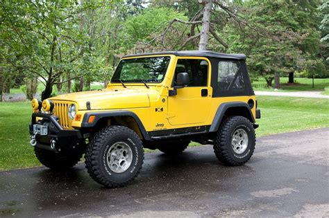 yellow jeep on best 25 yellow jeep wrangler ideas on jeep