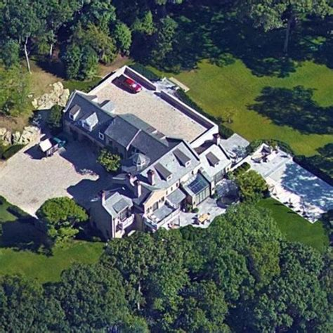 tom brady gisele bundchen s house in brookline ma