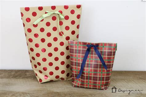 how to make a diy gift bag for christmas designer trapped