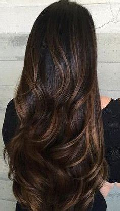 imagenes de tintes con rayos de color rojo mechas 2018 para morenas pelo negro o casta 241 o moda top