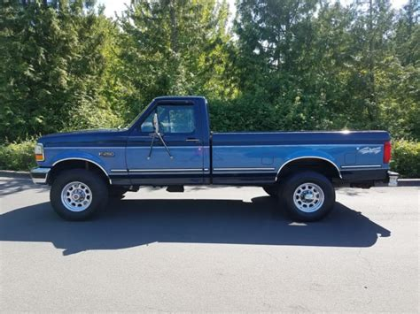 1992 ford f250 xlt lariat 4x4 very clean low miles 7 5l