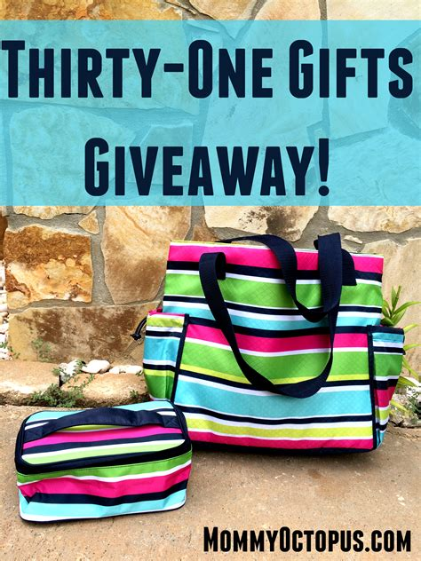Thirty One Giveaway - review giveaway thirty one gifts new day tote glamour case mommy octopus